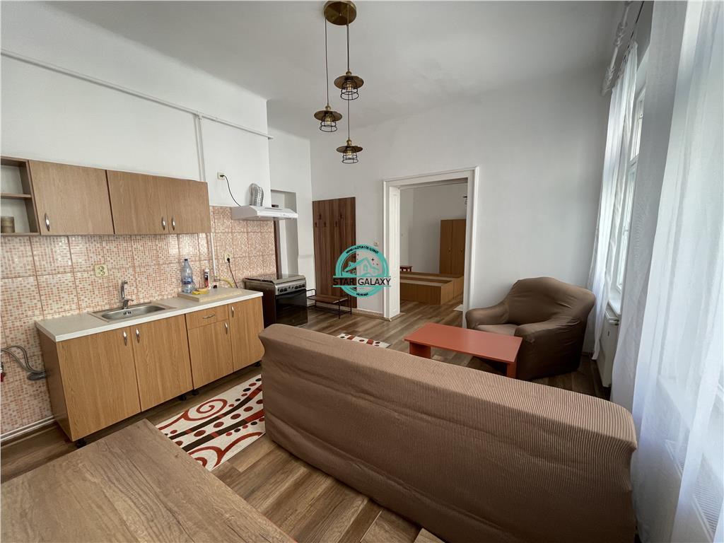 Apartament cu 1 camera de inchiriat, la etajul 1 din 1 in Centru