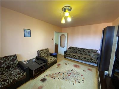 Apartament cu 2 camere de vanzare, etaj 3 din 6, zona 7 Noiembrie