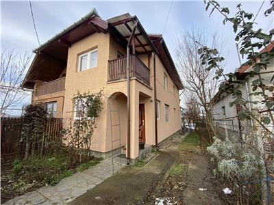 Casa cu 3 camere de vanzare, in zona Sangiorgiu de Mures