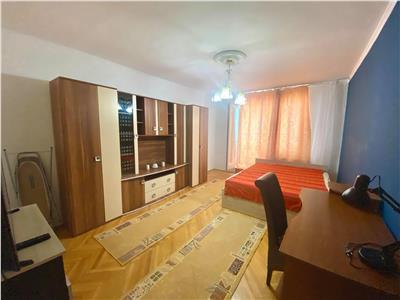 Apartament mobilat si utilat cu 2 camere in zona UMF
