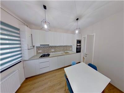 Inchiriez apartament cu 2 camere, utilat si mobilat lux, 7 noiembrie