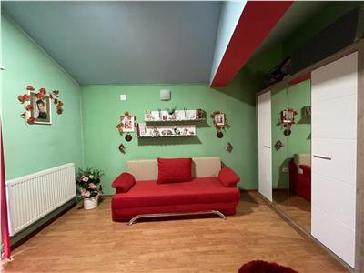 Vanzare apartament cu 2 camere situat semicentral