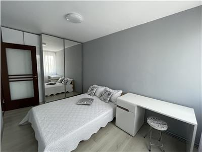 Vanzare apartament decomandat 3 camere, mobilat si utilat, 7 Noiembrie
