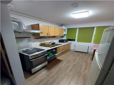 Apartament cu 2 camere de inchiriat, semidecomandat in 7 Noiembrie
