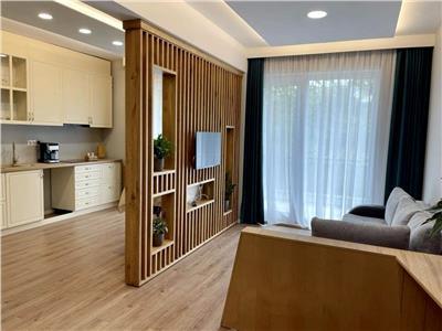 Inchiriere apartament cu o camera, bloc nou, situat central