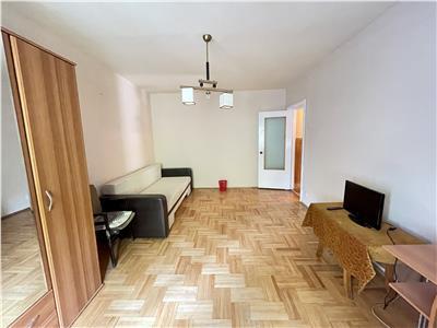Vanzare apartament cu 3 camere, etaj 1, situat in Tudor