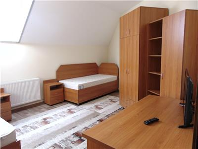 Inchiriez apartament 3 camere modern zona centrala  Comision 0 chirias