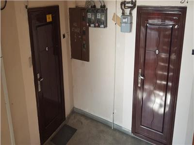 Vanzare apartament cu 4 camere, 121 mp, situat in zona centrala
