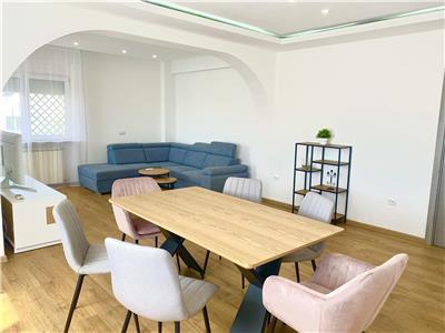 PRIMA INCHIRIERE  Apartament cu 4 camere - ULTRACENTRAL - VICTORIEI