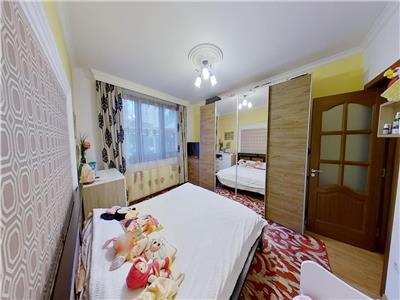 Vand casa cu 2 camere in Panov mobilata si utilata