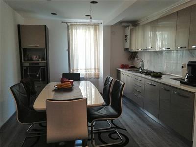 Vanzare apartament cu 3 camere situat in Tudor, langa Piata Diamant