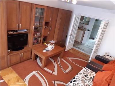 Vanzare apartament cu 4 camere, etaj 1, situat in cartierul Tudor