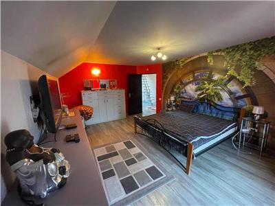 Vanzare casa cu 5 camere situata in Corunca