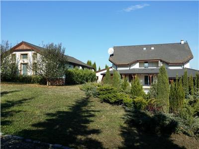 Vanzare casa situata la intrarea in Voiniceni, cu suprafata de 930 mp